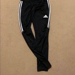 woman's adidas joggers